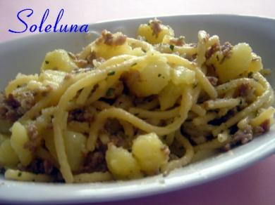 pasta, salsiccia, patate, rosmarino,