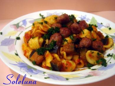 pasta, salsiccia, primi piatti, pomodoro, cucina,